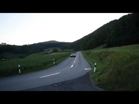 2000 Jaguar XKR Coupe Vorbeifahrt 1