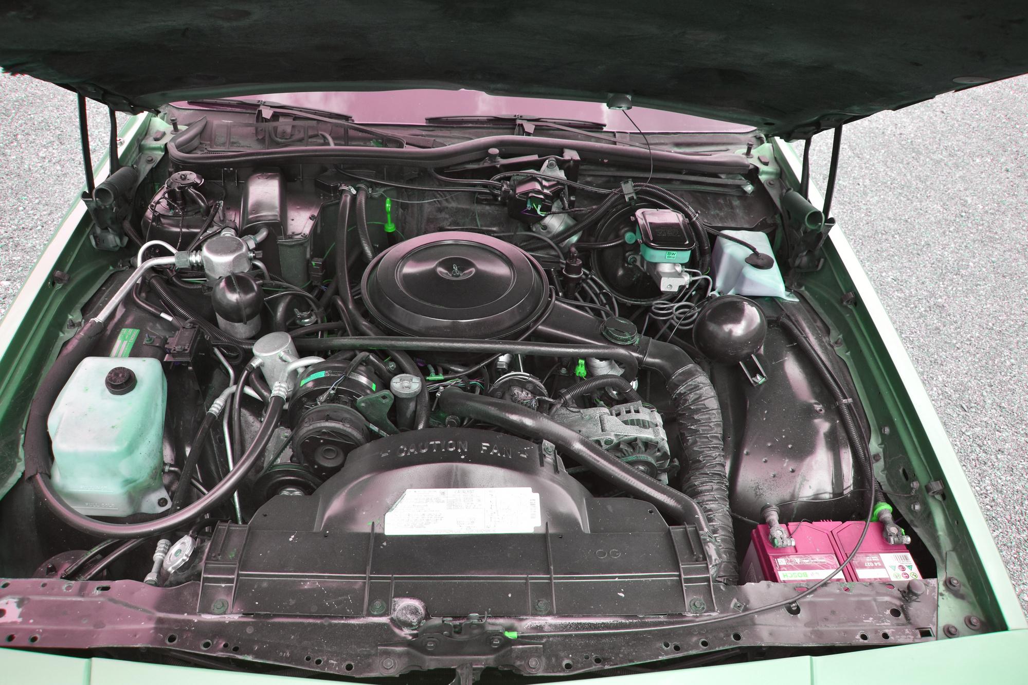 V8 5-Liter Motor eines 1990 Chevrolet Caprice Classic Station Wagon